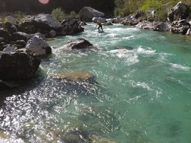 Wildwasser-SUP auf der Soca